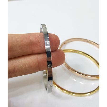 دستبند النگویی کارتیه